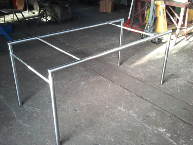 Frame tafel buis RVS