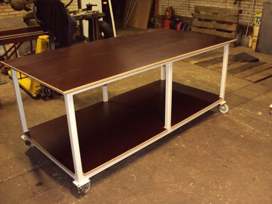 Werktafels staal gepoedercoat
